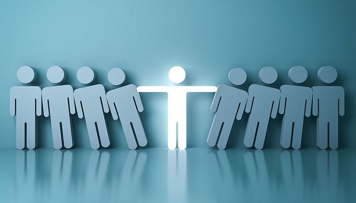 Surefire Ways To Stand Out During Your Job Search 5 (2)