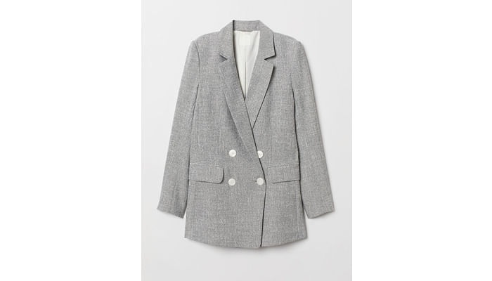 Here Are Five Ways Starting From $9 On How You Can Restyle A Simple Grey Blazer
