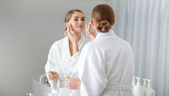 5 Best Websites to Check Out if You Love Clean Beauty - Featured